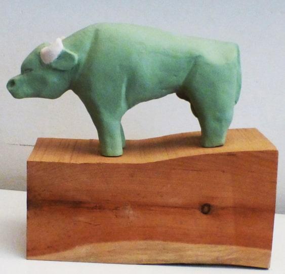 sculture - bufalo con base