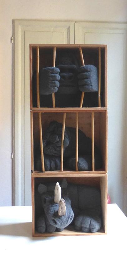 sculture - animali in gabbia