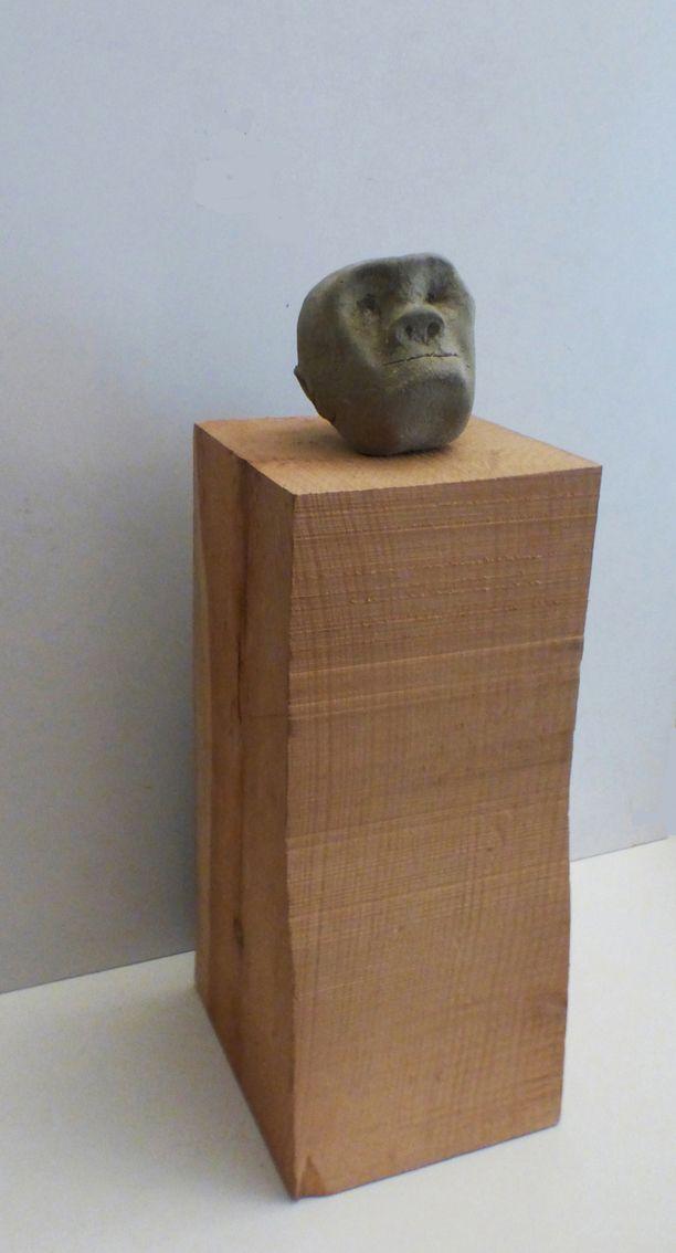 sculture - uomo di corfu